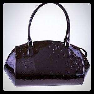 "Louis Vuitton ""Sherwood"" GM in Amarante Vernis"